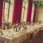 festtafel im historischen saal in pohnstorf